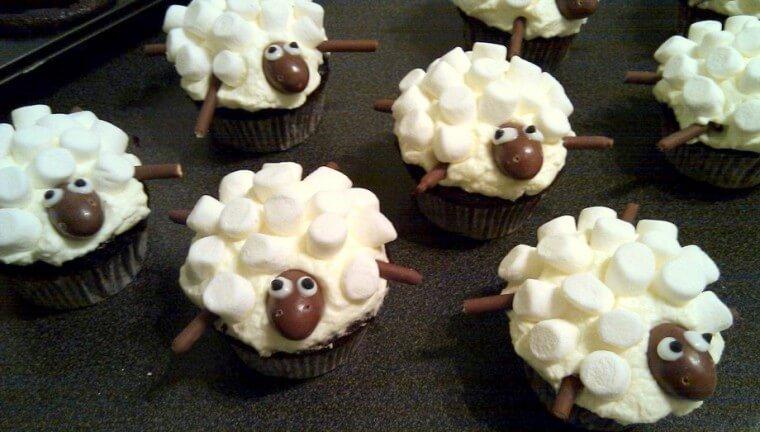 sheep cupcakes2